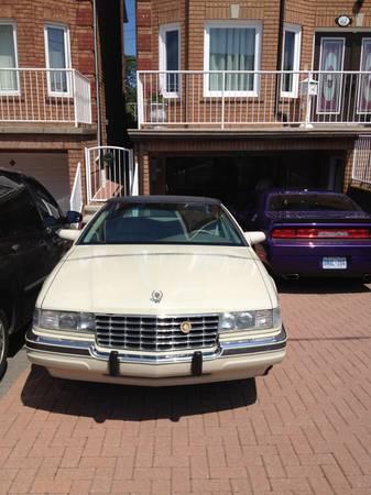 1998 Cadillac SLS Model - $3500