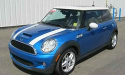 2007 Mini COOPER S GREAT COLOR! Navigation! Leather