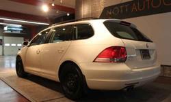 2009 Volkswagen Jetta White