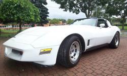 1981 Chevrolet Corvette 4Speed/Air