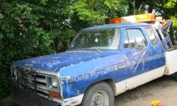 1981 dodge 2500 towtruck