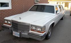 1989 Cadillac Limo Retro Photo Rental