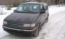 1993 Plymouth Voyager Minivan