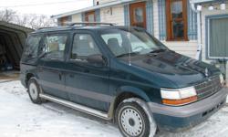 1994 Plymouth Voyager Minivan