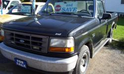 1995 Ford F150 - 6 Cylinder, 5 Speed, Dual Gas Tanks