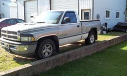 1996 Dodge Ram 1500 2-wheel drive V8