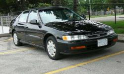 1997 Honda Accord EX - BLACK - AUTOMATIC - 216KM-Must go quickly