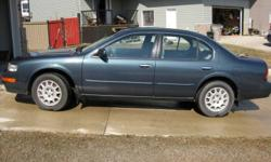 1997 Nissan Maxima GL Sedan