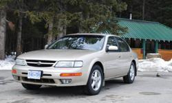 1998 Nissan Maxima Sedan