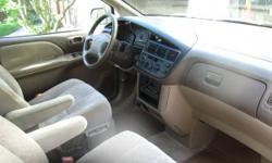 1998 Toyota Sienna minivan