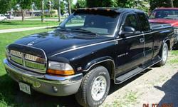1999 Dodge Dakota SLT Pickup Truck