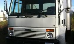 1999 Freightliner Cabover 5 Ton