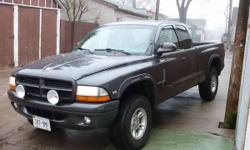 2000 DODGE DAKOTA 4X4 EXT CAB