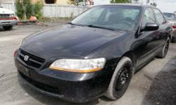 2000 Honda Accord for PARTS!! Black in color