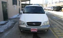 2002 Kia Sedona LX low km