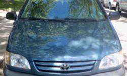 2002 Toyota Sienna LE Minivan