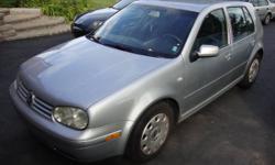 2002 Volkswagen Golf 4-doors.fully loaded Hatchback,5 speed,AC