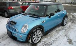 2003 MINI Cooper S PANO ROOF/6 SPD/ALLOYS/LOW KMS! Hatchback