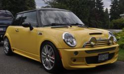 2003 Mini Cooper S-Custom Body, Loaded, Leather, 3 TV screens only 79K