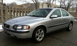 2003 VOLVO S60 - PREMIUM PACKAGE - LEATHER / SUNROOF