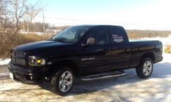 2004 Dodge Power Ram 1500 laranie Pickup Truck
