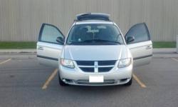 2005 Dodge Grand Caravan Fully Loaded!!!! Price Reducded