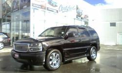 """2006 GMC Yukon Denali Loaded 2nd set of 24"""" wheels included"""