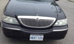 2006 Lincoln Signature Black Towncar