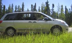 2006 Toyota Sienna Minivan CE. Exceptionally maintained!