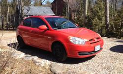 2007 Hyundai Accent 5 spd - only 74,000 km