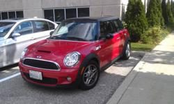 2008 MINI Mini Cooper S Hatchback with A year Factory Warranty