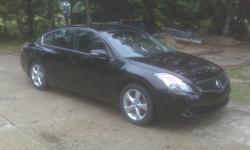 2009 Nissan Altima Sedan - excellent condition