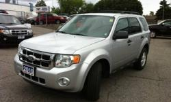 2010 FORD ESCAPE XLT FWD LOW KM'S