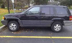 95 jeep grand cherokee great condition.