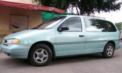 Ford Windstar Minivan for