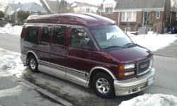 GMC Travel Van - 2002